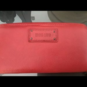 ROOTS 73 Red Leather Wallet